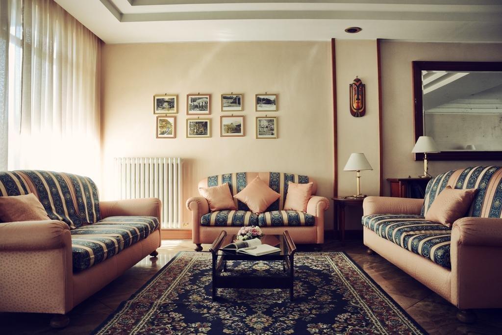 Hotel Capri - Saloni
